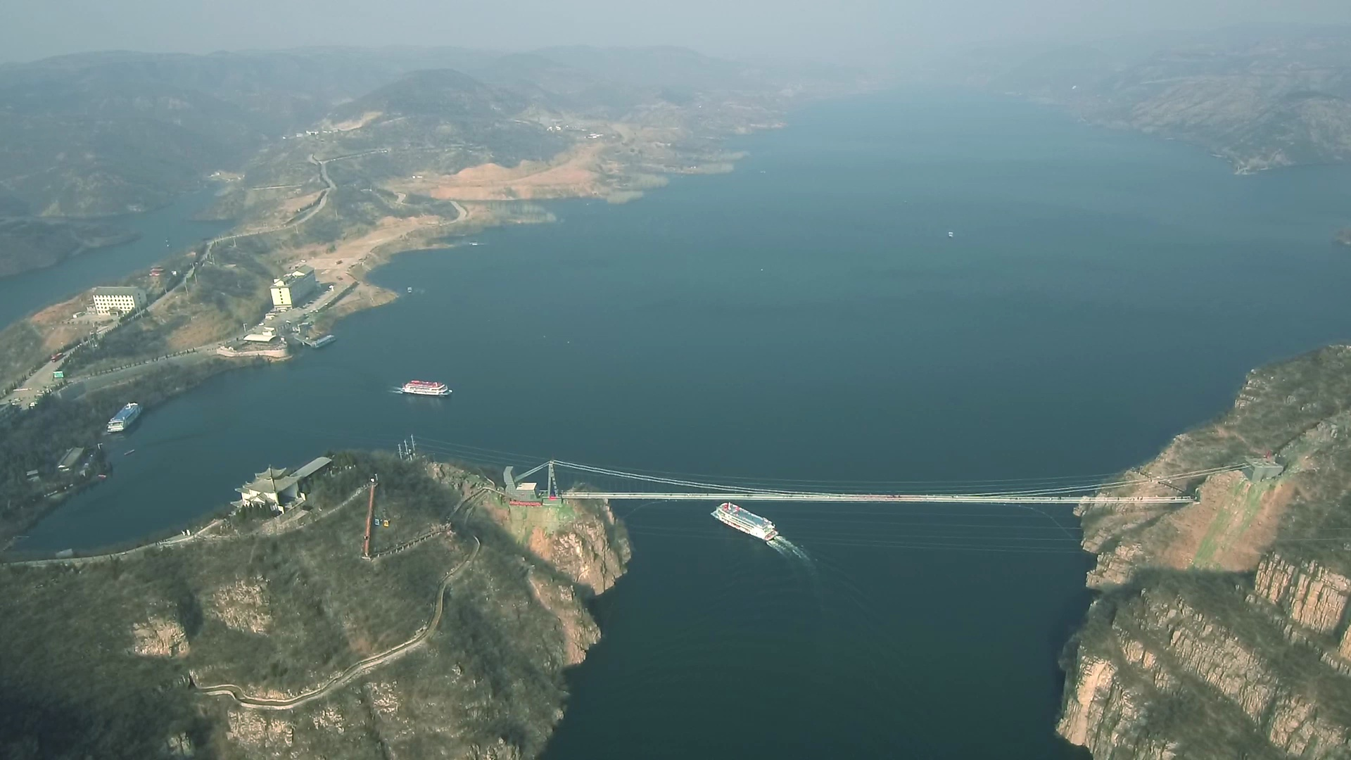航拍黄河三峡